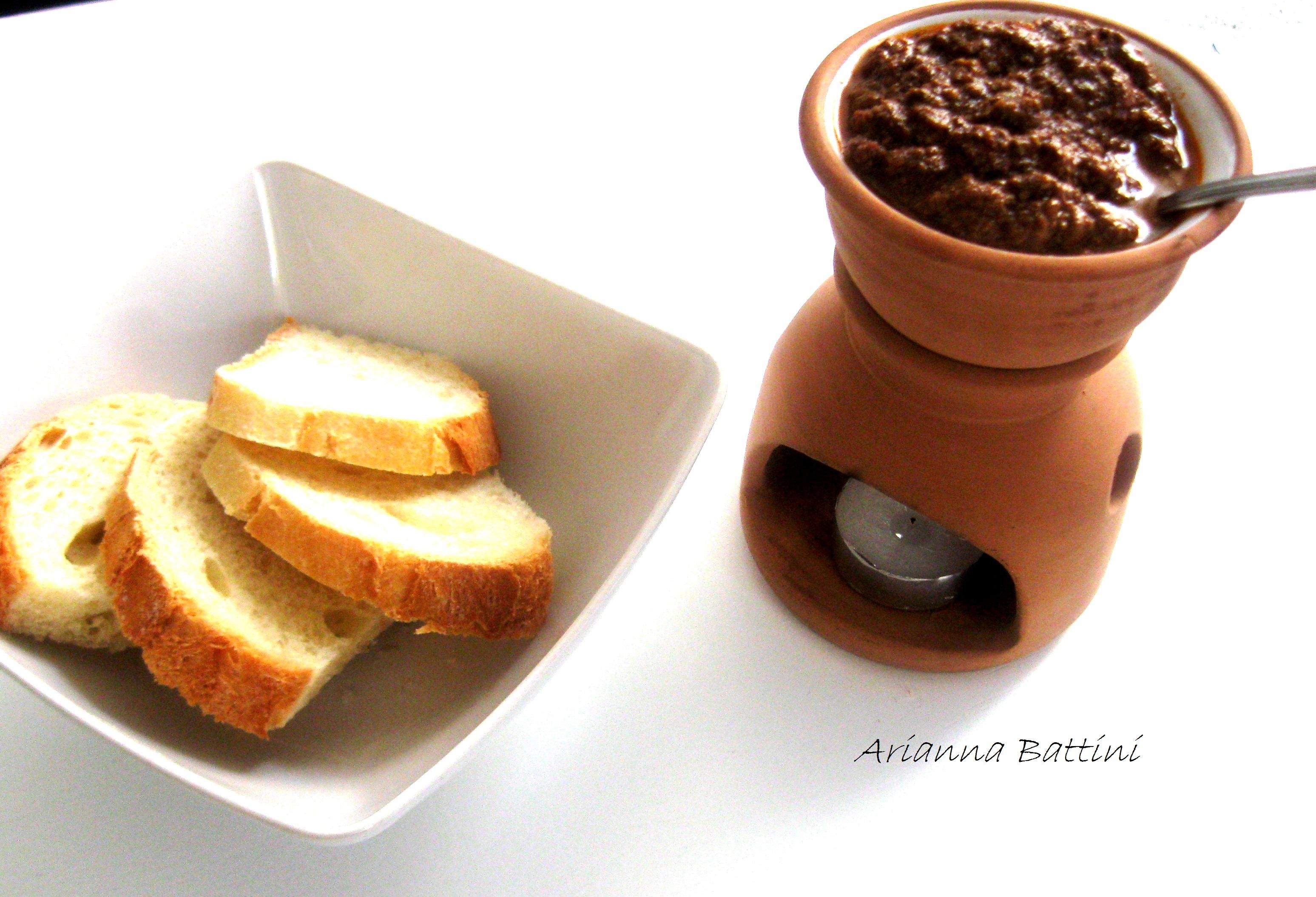 Salsa di fegatini Toscana (soffritto leggero...olio evo nuovo...fegatini di pollo...capperi sotto sale siciliani....passata di ciliegino....sangiovese di toscana )