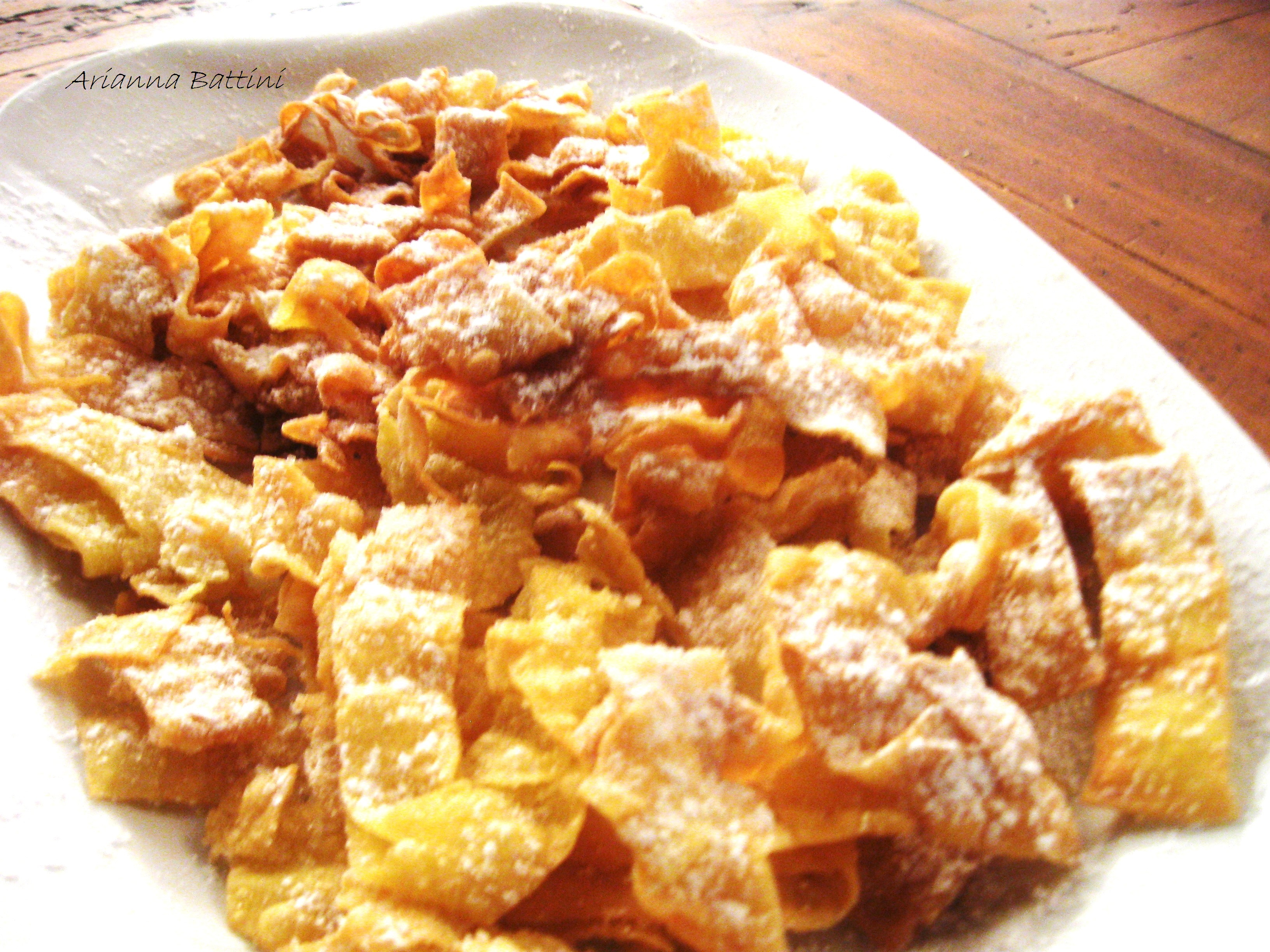 Tagliatelle fresche emiliane fritte in Olio Evo Calabrese.
