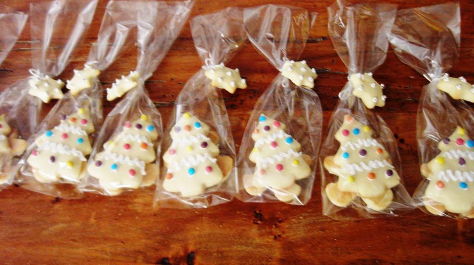 segnaposto con biscotti natalizi