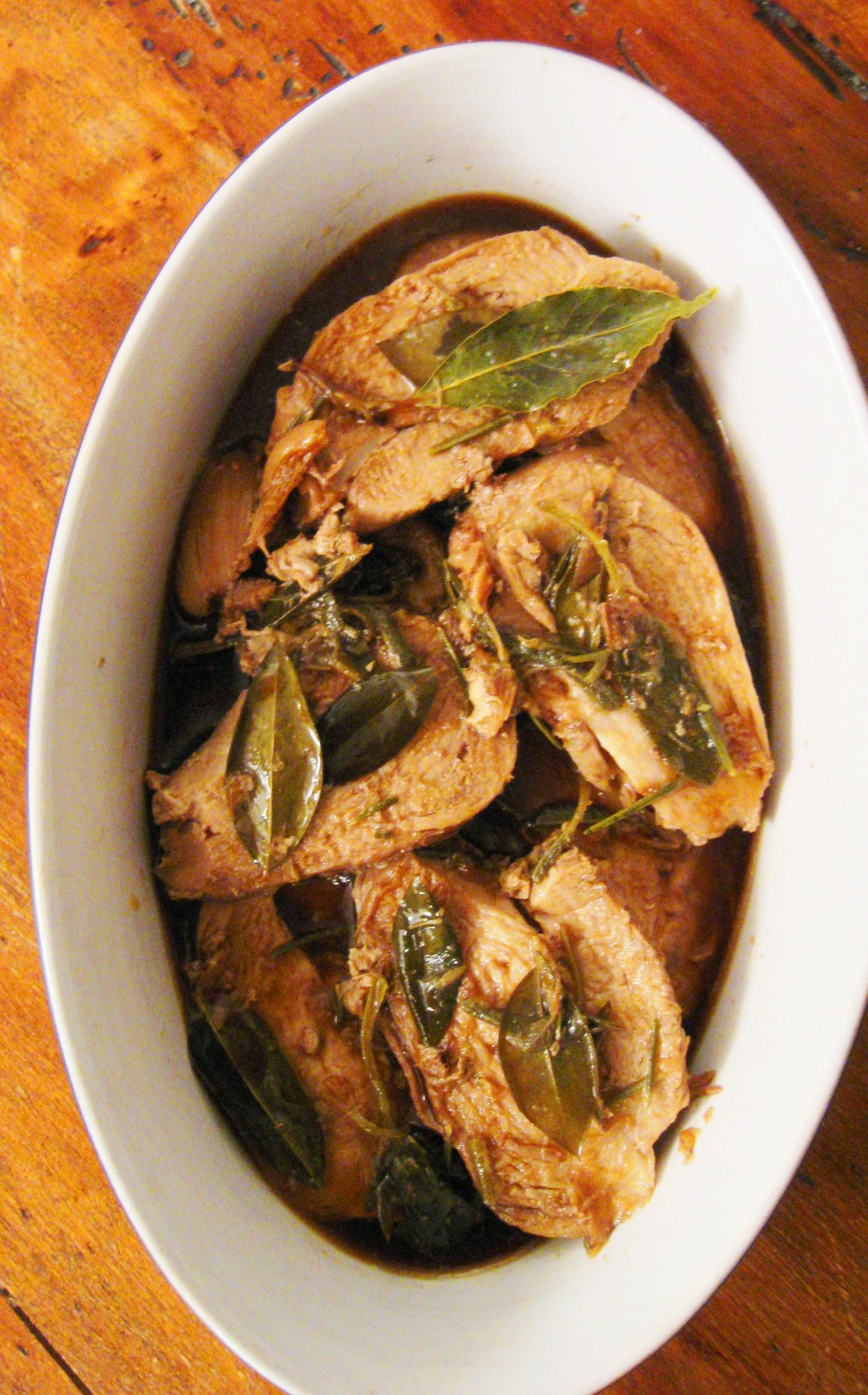 Petto di pollo alla salsa di soya e erbe aromatiche